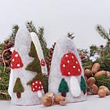Dekorácie - Vianočná dekorácia - stromčeky a muchotrávky - 12517732_