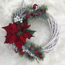 Dekorácie - ZĽAVA - Prútený veniec s vianočnou ružou - 12518653_