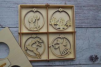 Dekorácie - Drevené vianočné ozdoby - 12521699_