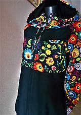 Mikiny - FLORAL FOLK - mikina čierna, predĺžená, s folk vzorom s upraveným strihom kapucňa + zapínanie na zips - 12525680_