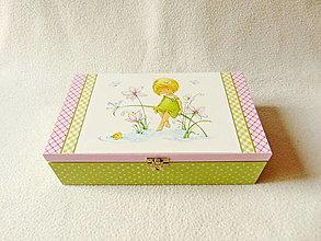 Krabičky - Drevená krabička s priečinkami Dievčatko - 12534515_