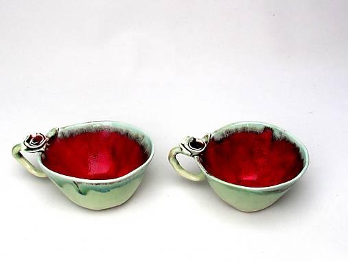 Šálka s podšálkou červeno-zelená