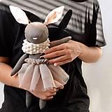 Hračky - Zajko s hnedou sukničkou - 12532527_