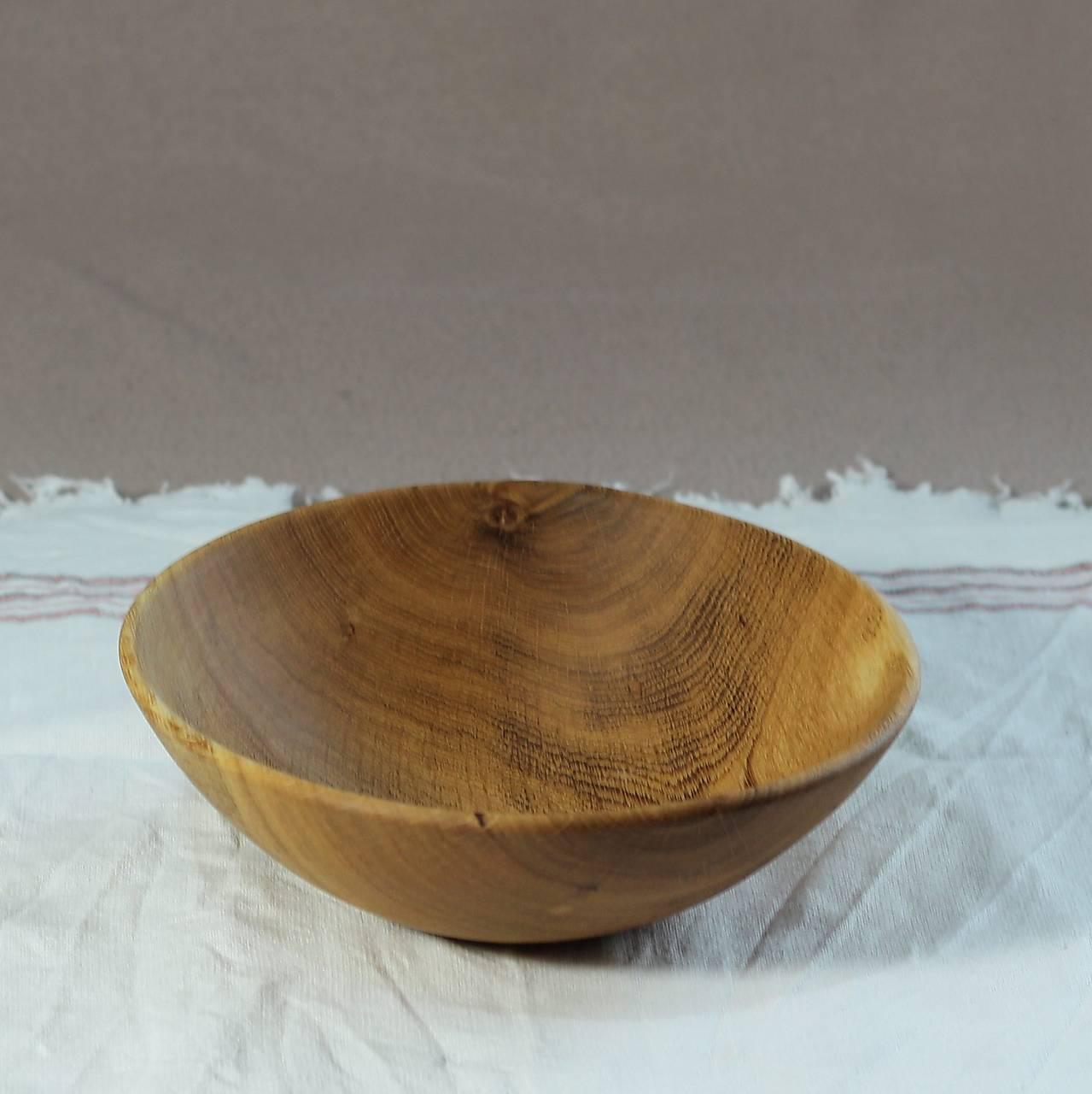 miska z dubového dreva