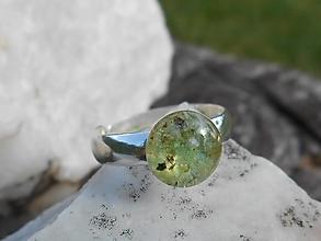 Prstene - ring with smaragd in silver-striebro - 12542369_