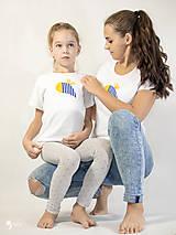 Tričká - Včielka - dámske a detské tričko /body - 12537559_