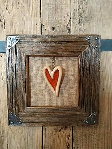 Obrazy - Obraz s rámom zo starého dreva - keramické srdce - 12540055_