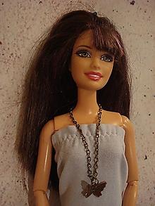 Hračky - Náhrdelník pre Barbie - bronzový motýlik - 12540611_