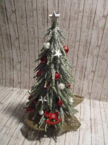 Dekorácie - Vianočný stromček - 12546644_