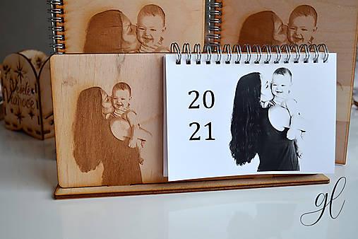 Drevený kalendár s fotografiou 2021