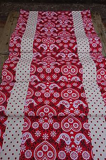 Úžitkový textil - Behúň na stôl folklórny motív , červeno bielo čierny - 12551845_