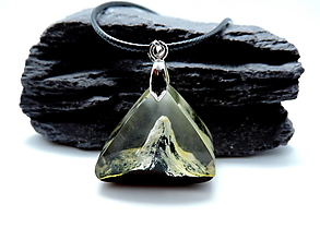 Náhrdelníky - Živicový náhrdelník - Hory 2 - 12552142_