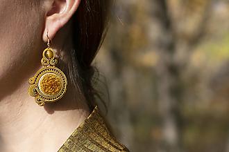 Náušnice - Zlatá Alena - soutache earring -ručne šité šujtášové náušnice - 12551491_