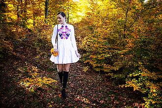 Šaty - biele úpletové šaty Sága krásy - 12548657_