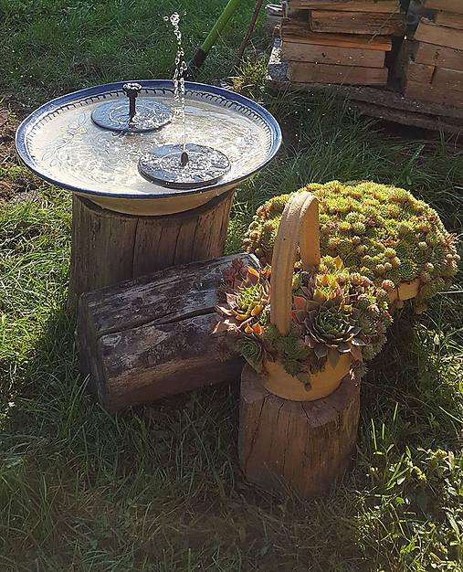 Nádoba na záhradnú fontánu