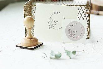 Drobnosti - Pečiatka pre handmade predajcov s logom  (mám logo v krivkách, pr. 40mm) - 12556964_