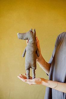 Hračky - Vlk na boľavé bruško - 12556522_