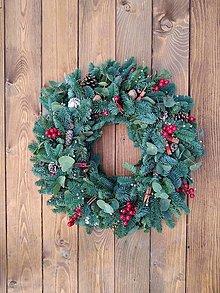 Dekorácie - Vianočný veniec XL červený - 12563638_