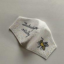 """Rúška - Maľované SMOTANOVOBIELE ľanové rúško (3-vrstvové) (s včelou a nápisom """"Zachraňujem včielky"""") - 12566771_"""