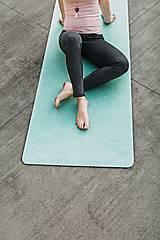 Nezaradené - Štýlová joga podložka Dotek z 100 % prírodného kaučuku - 12575155_