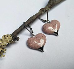 Náušnice - Keramické náušnice Srdiečka ružové - 12581456_