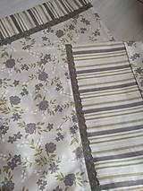 Úžitkový textil - POSTEĽNÉ OBLIEČKY zelené ružičky - 12591942_