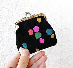Peňaženky - Peňaženka mini Farebné geometrické tvary - 12590003_