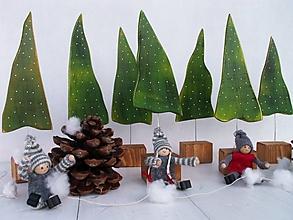 Dekorácie - Zimné dekorácie - stromčeky - 12598699_