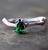 Prstene - Strieborný vetvičkový sa zirkónom farby smaragdu - 12595743_