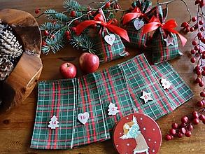 Dekorácie - Adventné vrecúška / adventný kalendár ZELENÝ-ČERVENÝ - 12597746_