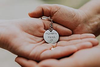 Kľúčenky - Prívesok na kľúče najlepšia mama - 12601122_