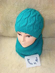 Čiapky - Ručne pletená čiapka s nákrčníkom v zelenotyrkysovej farbe - 12601981_