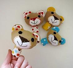 Hračky - Prstová maňuška zvieratko (macko na výber) - 12606596_