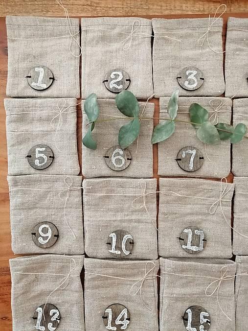 Adventný kalendár ľan