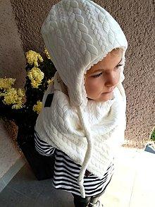 Detské čiapky - Vrkočova čiapka a šatka - 12602418_