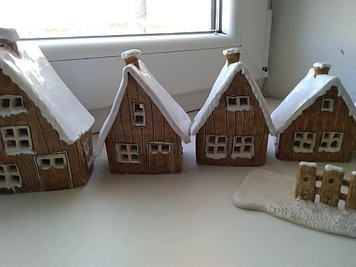 keramika domčeky... (Domček stredny)