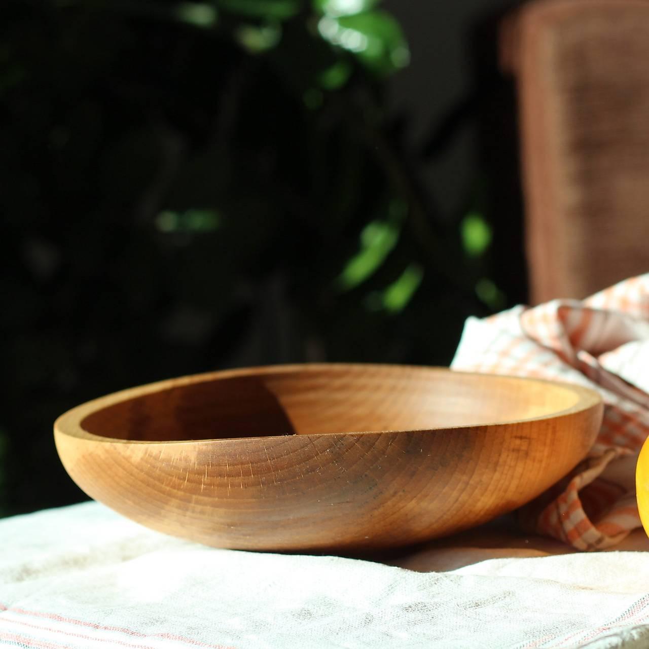 miska z bukového dreva
