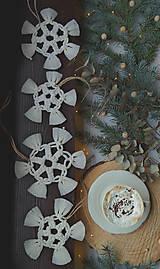 Dekorácie - Macramé vianočné ozdoby SET - 12611273_