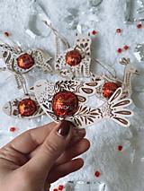 Dekorácie - Vianočná ozdoba salónka vtáčik - 12613768_