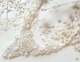 Náhrdelníky - Princezná pre nevestu - soutache necklace - 12615868_