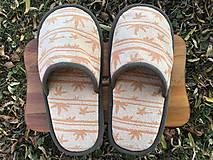 Obuv - Veľké oranžové papuče - 12613766_