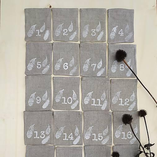 Adventný kalendár pierka