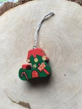 Dekorácie - Vianočná drevená čižmička - 12614517_
