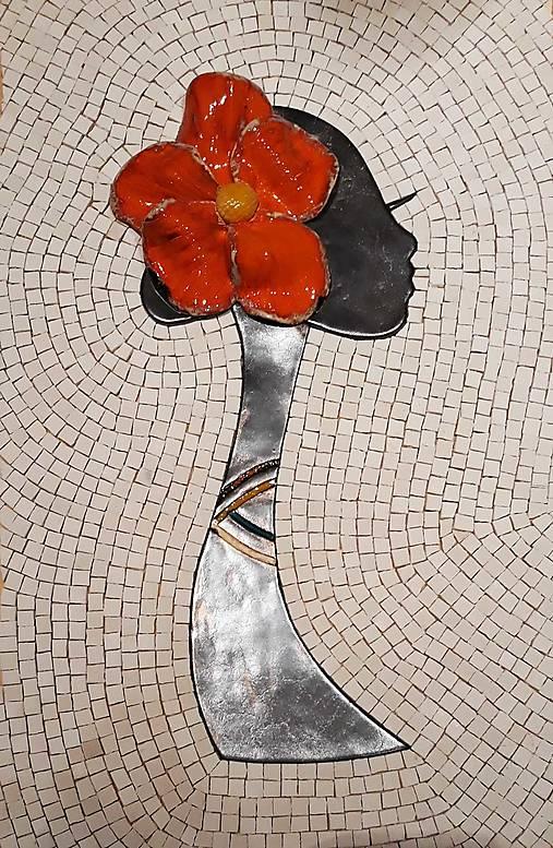 Dáma s kvetom - mazaikový obraz