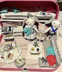 Hračky - Čarovný kufrík so zajačou rodinkou-SLUZI AKO UKAZKA - 12615795_