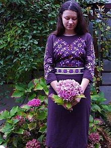 Šaty - Slovenská ornamentika - vyšívané šaty s opaskom - 12619892_
