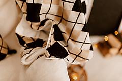 """Úžitkový textil - Veľká pletená deka """"CUBE"""", OEKO-TEX® - čierno-hnedo-smotanová - 12623346_"""