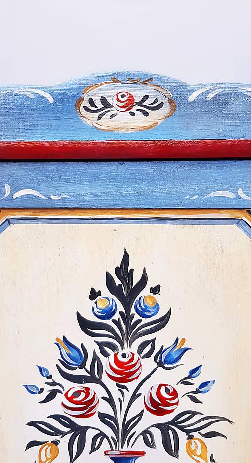 Ručne maľovaná skrinka na kľúče - II