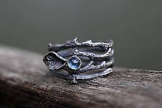 Prstene - Vetvičkový-trnový strieborný s patinou a topazem - 12625726_