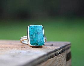 Prstene - Strieborný prsteň s chryzokolom - 12622217_
